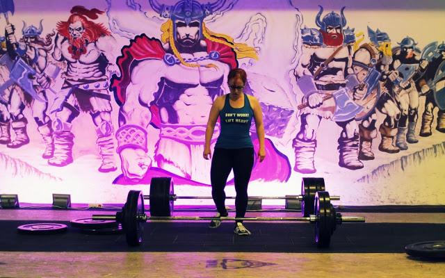 erőemelés, edzés, deadlift, felhúzás, egészséges életmód